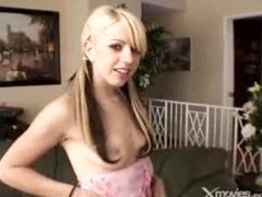 Cute Golden-haired Girl Gives Head