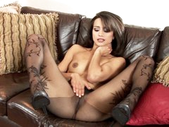 Hot Chelsea French can't live without teasing her juicy wet clit