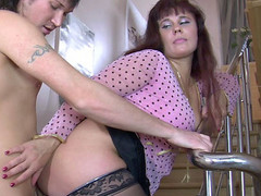 Sex-crazed mamma joins into hawt intercourse with a man just from the shower